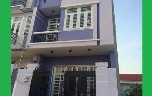 Cần bán gấp căn nhà đường Quốc Lộ 1A, MT 8m,1 trệt,2 lầu, 2.5 tỷ, gần Lẩu Dê Ba Làng.