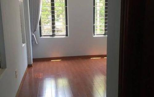 Cần bán nhà hoàn thiện đẹp tại Ngọc Thụy, Long Biên. S:30m. Giá:2,35 tỷ. Lh: 0984.373.362