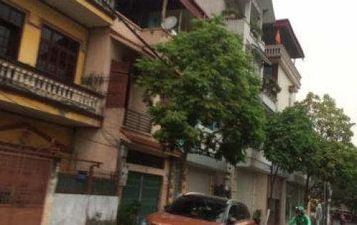 Cho thuê gấp lô đất mặt đường Cổ Linh, Long Biên 200m2 ở vị trí sầm uất bậc nhất Long Biên