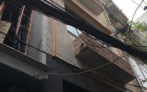 Chính chủ bán nhà 3 lầu  3x8m hẻm 193 Nguyễn Cư Trinh, Quận 1