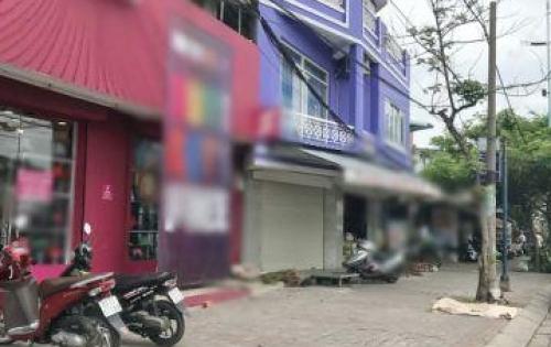 Bán nhà mặt tiền đường Nguyễn Văn Linh Phường Tân Thuận Tây Quận 7