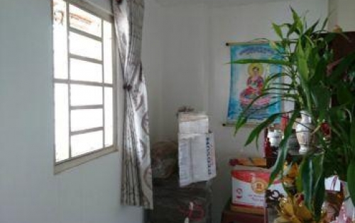 Bán  nhà 2 lầu NỞ HẬU  xe hơi vào nhà 271/42 Lê Văn Lương, P.Tân Quy, Quận 7