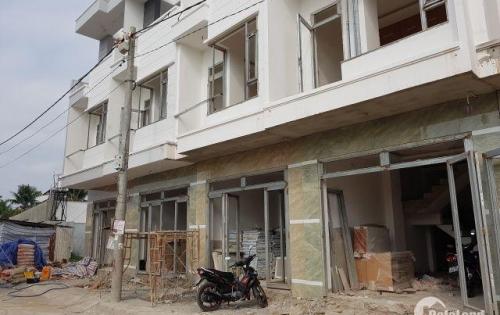 Nhà SHR 1 trệt 2 lầu dt sàn 140m2, 2,7 tỷ ngay Đ.Nguyễn Xiển