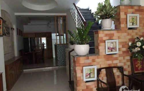 Chính chủ cần bán nhà phố đường Dương Đình Hội, 1 trệt 3 lầu 1 sân ,4*30m2 ai có nhu cầu LH: 0906.606.182