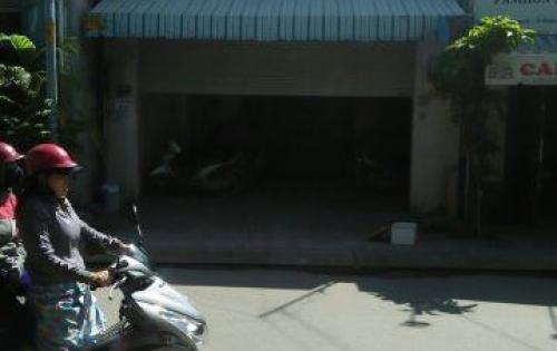 Bán nhà mặt tiền kinh doanh đường 22,Phước Long B, Đối diện trạm y tế. Lh 0938137692