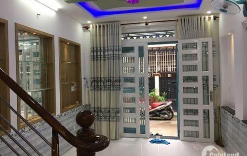 Tôi cần bán rất gấp căn nhà 40m2 Huỳnh Văn Bánh, Phú Nhuận 4.6 tỷ.