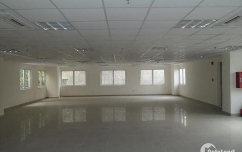 Cho thuê văn phòng 100m2, mặt phố Nguyễn Chí Thanh, giá rẻ, LH 0978400231