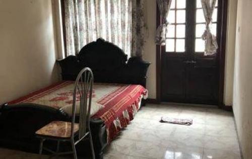 Cho thuê nhà riêng ngõ oto phố Thái Hà 40m2 x 3,5 tầng,MT 3.3m