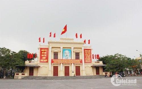 Chủ nhà cho thuê gấp, MT 5m, DT: 100m2 mặt phố đường Trần Nguyên Hãn.