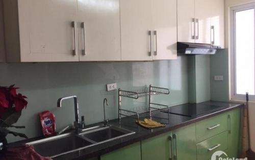 Cho thuê căn hộ KDT Sài Đồng. S:140m2, 3pn, giá:6.5tr/th