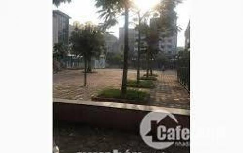 Bán đất đấu giá D7 Dịch Vọng dt 150m2,Mt8, giá 180 tr/m2LH 0946.58.98.97