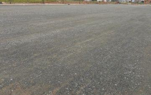 Cần bán 2 lô đất mt đường NVB, giá 610tr,dt:5x20m,SHR.