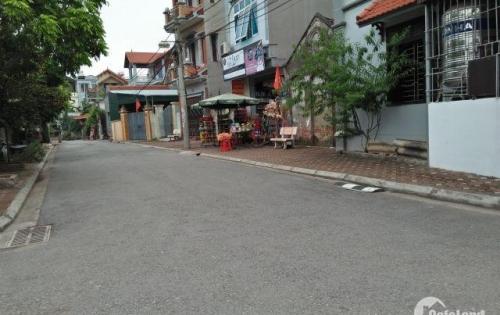 Cần bán lô đất cực đẹp ở Tư Đình Long Biên giá 1,85 tỷ. LH:0982483005.