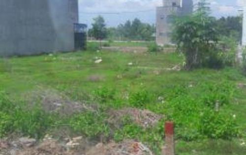 Bán gấp lô đất đẹp mặt tiền đường Lê Văn Việt Q9 giá chỉ 800tr/ nền