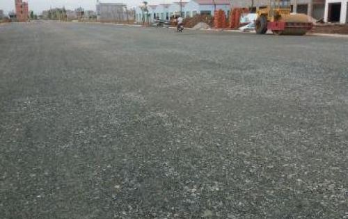 Cần sang gấp lại lô đất nằm ngay mặt tiền đường lớn phan văn hớn hóc môn , shr, kdc hiên hữu