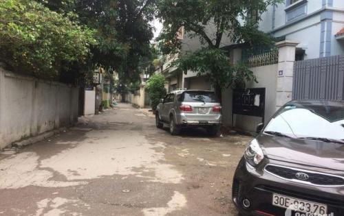 Chính chủ bán nhà phân lô Văn Cao ô tô tránh 46m2 giá bán 5,8 tỷ.