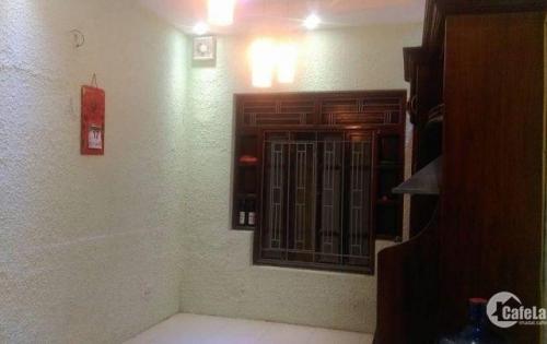 Bán nhà nhỏ xinh gần phố Linh Lang, Ba đình 56m2 4 tầng, ngõ 5m nhỉnh 6 tỷ