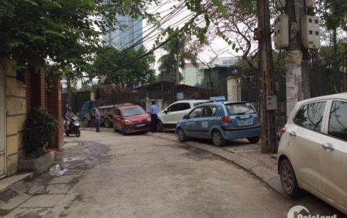 Bán vị trí ô tô đỗ cửa phố Thái Thịnh S48m2 giá 4.25 tỷ cách phố 50m.