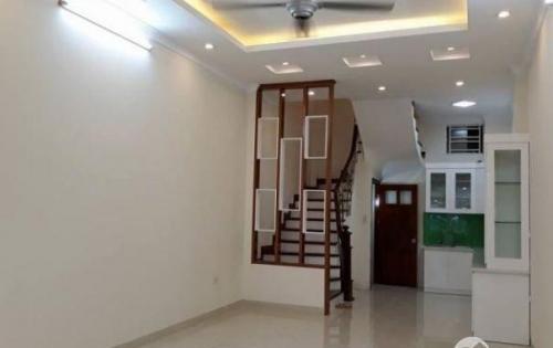 Bán nhà đẹp Phạm Ngọc Thạch, ô tô, DT 38m2, giá 3.75 tỷ