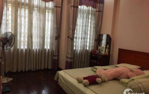 Cần bán nhà phố Tôn Đức Thắng, kinh doanh, 4 tầng, MT 4m, giá 4 tỷ.