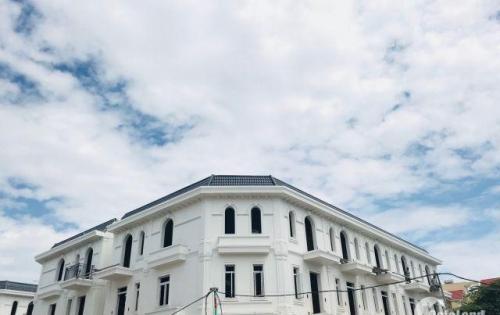 Bán gấp Biệt thự Pháp ngay trung tâm Đà Nẵng,S:244m2 chỉ 100 triệu đồng, sổ hồng, chiết khấu cao