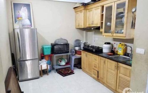 Cần bán gấp nhà đẹp 5 tầng phố Phúc Lợi, quận Long Biên