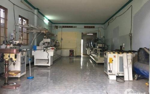 Sang xưởng sản xuất cửa nhựa lõi thép, cửa nhôm xingfa quận 12