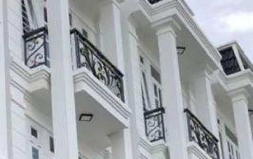 Bán gấp biệt thự 126 m2 đường Thạnh Lộc 18 giá 3.5 tỷ. LH: 0127.2889.010