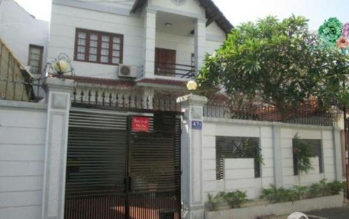 Cần bán nhà biệt thự ngay đường Nguyễn Văn Linh, Quận 7, SHR