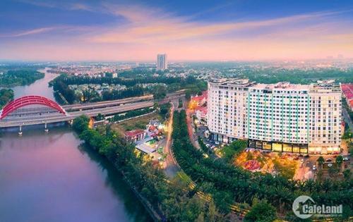 Căn hộ 2 tầng giá chỉ 5 tỷ, 4PN, Có sân vườn riêng. Ngay khu dân cư tri thức cao. LH 0914.313.558