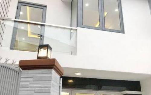 Nhà đẹp còn mới –Hẻm 465 Trần Xuân Soạn Tân Kiểng Quận 7.