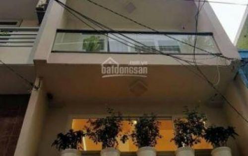 Bán gấp nhà 4 lầu, hẻm 8m Huỳnh Văn Bánh thông ra Trường Sa p13 Phú Nhuận.