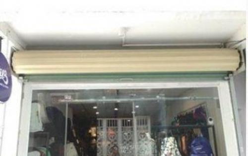 Sang shop nguyên căn 1 lầu, gần nhà thờ Ba Chuông. LH: 0969890331