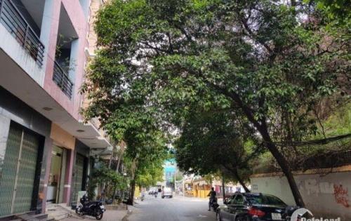 Bán nhà đường Phạm Văn Hai, Phường 5, Tân Bình. Giáp Quận 3. Gần đường Hoàng Sa • Diện tích: 5x11m. Giá 6.2 tỷ
