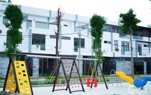 CỰC COOL - Bán gấp Nhà phố 3 tầng 2 mặt tiền đường 7m5, nằm ven bờ sông Hàn, nằm trong khu Phức hợp Marina Complex