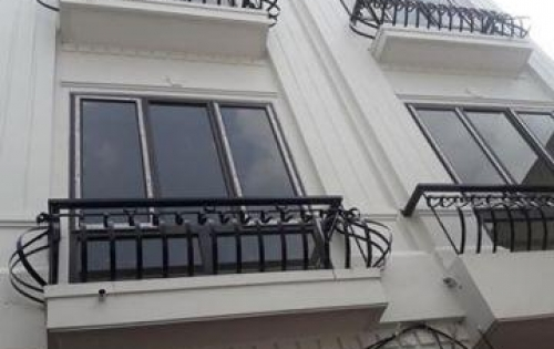 Bán nhà đẹp 298 ngọc hồi -Thanh trì-Hà Nội 45m+18m sân giá 1ty950. Chính chủ.nhà gần chợ