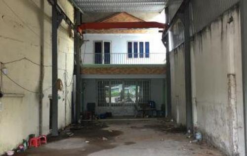 Cần bán nhà 1 trệt 1 lầu MT QL 13 tiện kinh doanh hoặc cho thuê