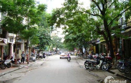 Cho thuê nhà mặt phố Chùa Láng, Vị trí đẹp, Nhà đẹp 40M2X 5T, MT3M, 30TR/TH