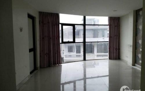Cho thuê mặt sàn cực rộng tại phố Xã Đàn,diện tích 90m2, giá 16tr,mặt tiền ốp kính