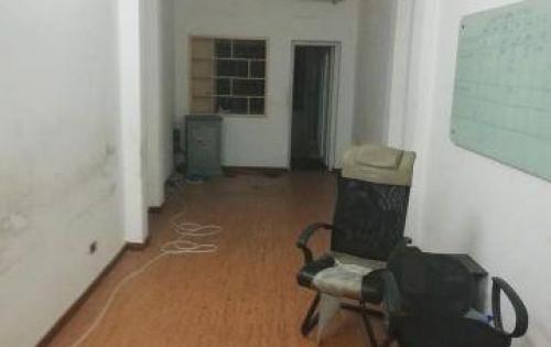 Cho thuê nhà mặt phố Giải Phóng, 45x3t, giá 18tr, LH gấp: 0942623523