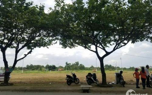 Bán gấp 100m2 đất mặt tiền đường lớn, ngay chợ, Và cổng cty Pouchen, TP Biên Hòa