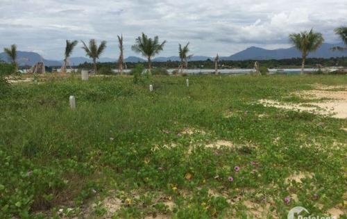 Bán đất mặt tiền đường view đầm Thủy Triều