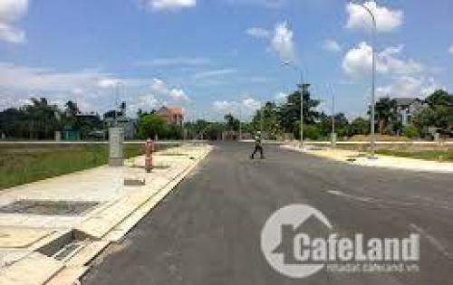 Bán 2 lô đất sổ riêng, 590 triệu/nền, mặt tiền 30m cách chợ Bình Chánh 5km