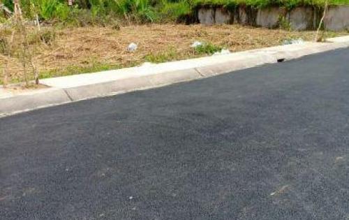 Do anh Thanh kẹt tiền bán lô đất đễ trả nợ. Ngay hẻm 855 Nguyễn Bình. DT: 95.36m2 , ngang 5m dài 23,19m.