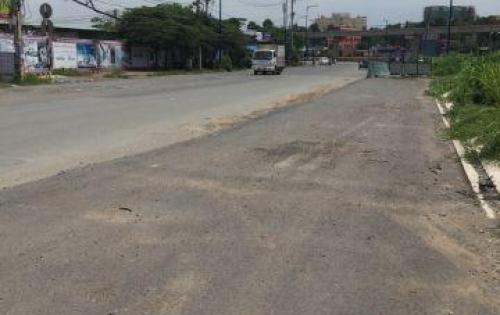 Định cư ở tỉnh nên cần bán lô đất mặt tiền Hoàng Hữu Nam quận 9
