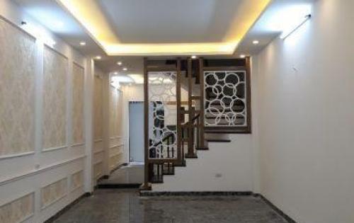 Bán nhà pl  Đội Cấn, Ba Đình, DT55m2*5 tầng ngõ thông kinh doanh tốt, giá 6.5tỷ
