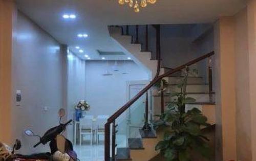 Bán nhà riêng khu vưc Liễu Giai  Ba Đình 30m, 4.65 tỷ , ô tô c