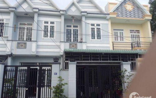 Cần cho ra đi gấp căn nhà 1 trệt 1 lầu: 3Pn, 2WC SHR 100m2 DT14 – Long Thượng – Long An