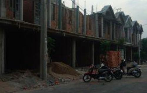 Bán gấp căn nhà 1 trệt 1 lầu mới xây 5x16 đường rộng 20m thông thoáng khu dân cư xầm uất