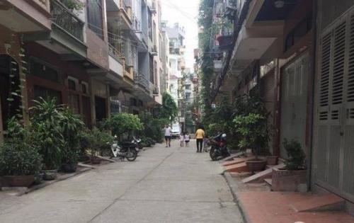 Bán Gấp  nhà đẹp nở hậu phố Xã Đàn 40m2, 4.4 tỷ.